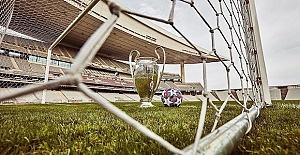 Leipzig beat Tottenham in big step for last 8