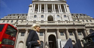 BoE cuts bank rate to back UK businesses...
