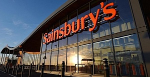 Sainsbury's and Asda limit sales of all food items
