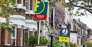 Mini house-buying boom leads to highest ever monthly price