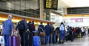 UK moves to ease travel curbs for several countries