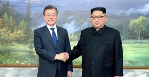 Koreas discuss denuclearisation in Pyongyang summit
