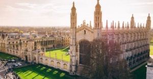 Cambridge offers places only for deprived