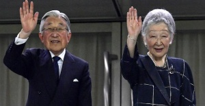 Japanese Emperor Akihito declares historic abdication