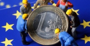EU unemployment rate drops in June