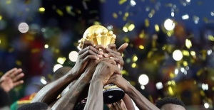 Madagascar, Algeria qualify for last 8 in Africa Cup