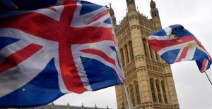 UK, MPs reject snap general election