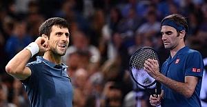 Australian Open: Djokovic to face Federer in semifinals