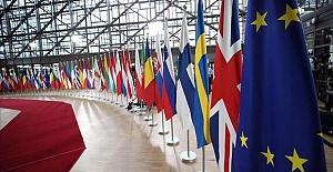 Brexit Britain feels heat ahead of US, EU trade talks
