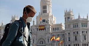 Spain sees 950 daily deaths from virus, unemployment soars