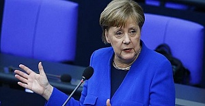 Merkel urges EU compromise on COVID-19 recovery package