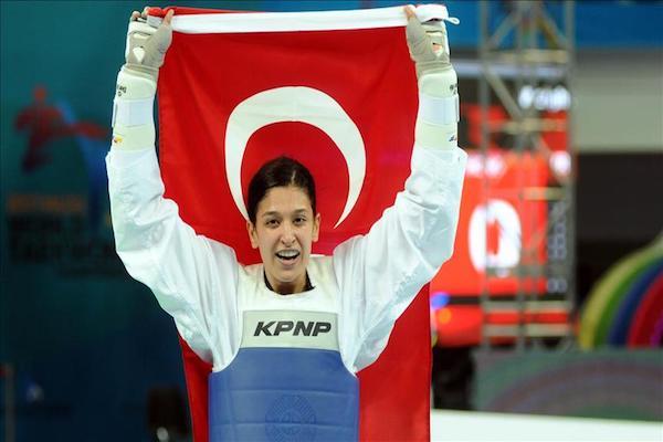 Turkish taekwondo athlete won gold medal in S. Korea