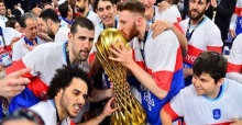 Anadolu Efes ends successful season lifting 2 cups