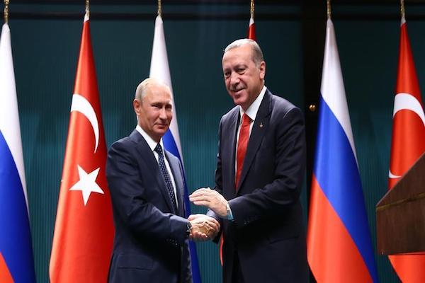 Russian President Vladimir Putin will visit Ankara on Dec.11