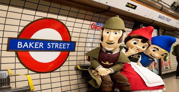 Sherlock Gnomes swoops onto Baker Street Tube station