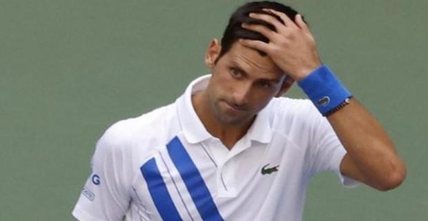 Djokovic apologises after hitting line judge with ball at US Open
