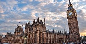 UK announces new sanctions against Syria's Assad regime